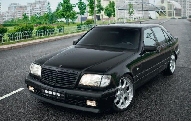 Die Luxuslimousine von 1991 war 310 km / h