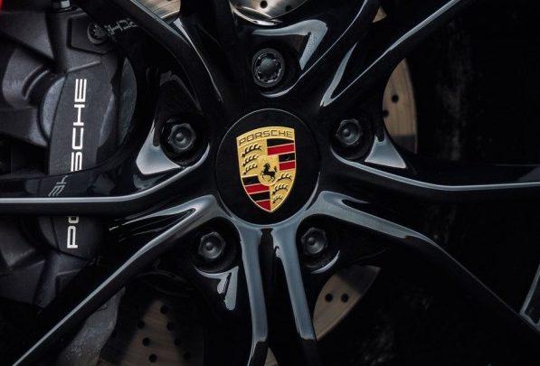 Die neue Generation des Porsche 911 wurde ohne Maskierung fotografiert.