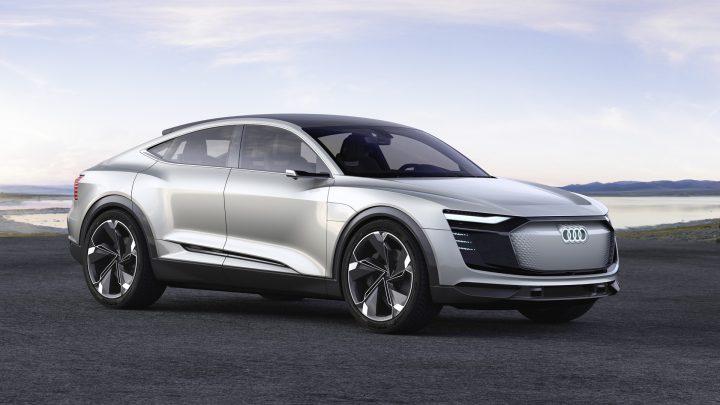 Audi hat große Pläne für die Zukunft.  TT wird nicht mehr verfügbar sein und A8 wird mit Strom versorgt.