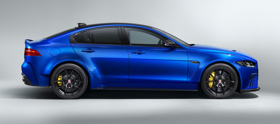 Jaguar startet XE SV Project 8 Touring für die Straße.