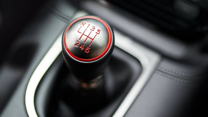 Wie viele Amerikaner können mit einem Schaltgetriebe fahren?