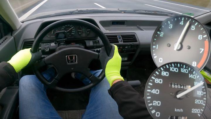 Der Honda Accord von 1985 mit einer Reichweite von 600.000 km zeigte seine Höchstgeschwindigkeit.