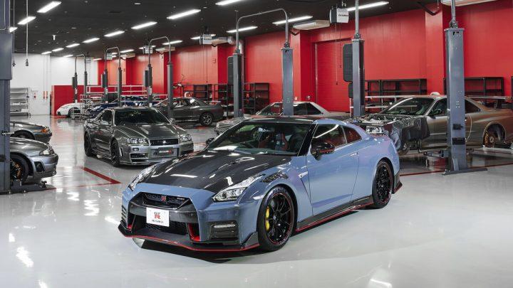 Nissan stellte den GT-R NISMO für 2022 vor. Wir können neue Farben und mehr Carbon erwarten.